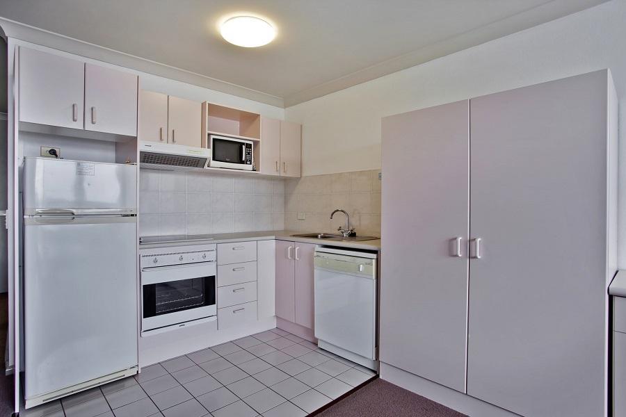 Horizons 321, Jindabyne - Kitchen