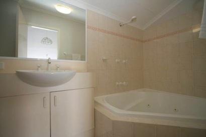 Horizons 419, Jindabyne - Bathroom