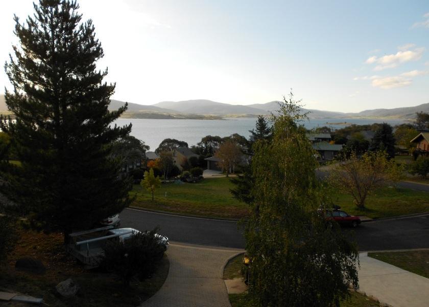 Il Lago, Jindabyne - View