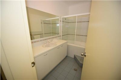 Inala 5, Thredbo - Bathroom