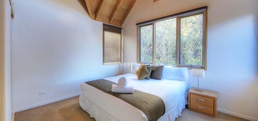 Indi Chalet, Thredbo - Main Bedroom