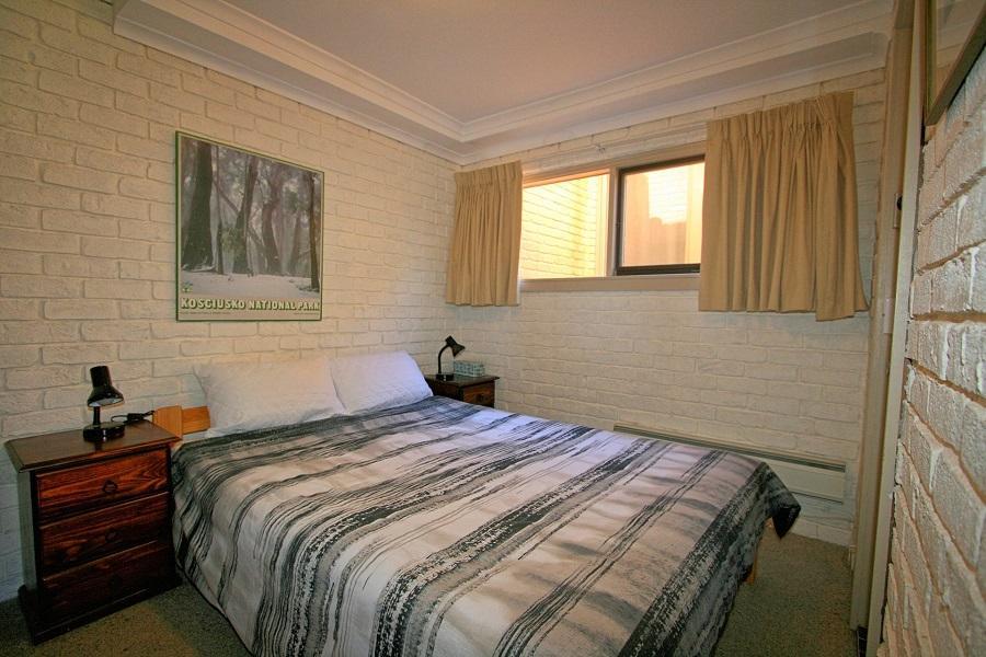 Ingellara 2, Jindabyne - Bedroom