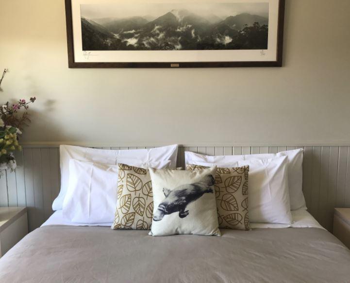 Jindy Inn, Jindabyne - Room A