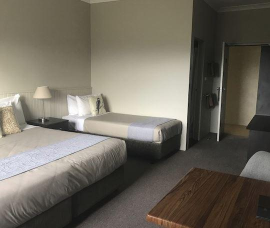 Jindy Inn, Jindabyne - Room F
