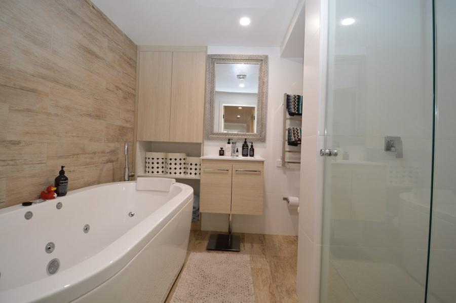 Karas 10, Thredbo - Bathroom