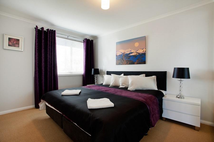 Kestrels Rest 2, Jindabyne - Bedroom 1