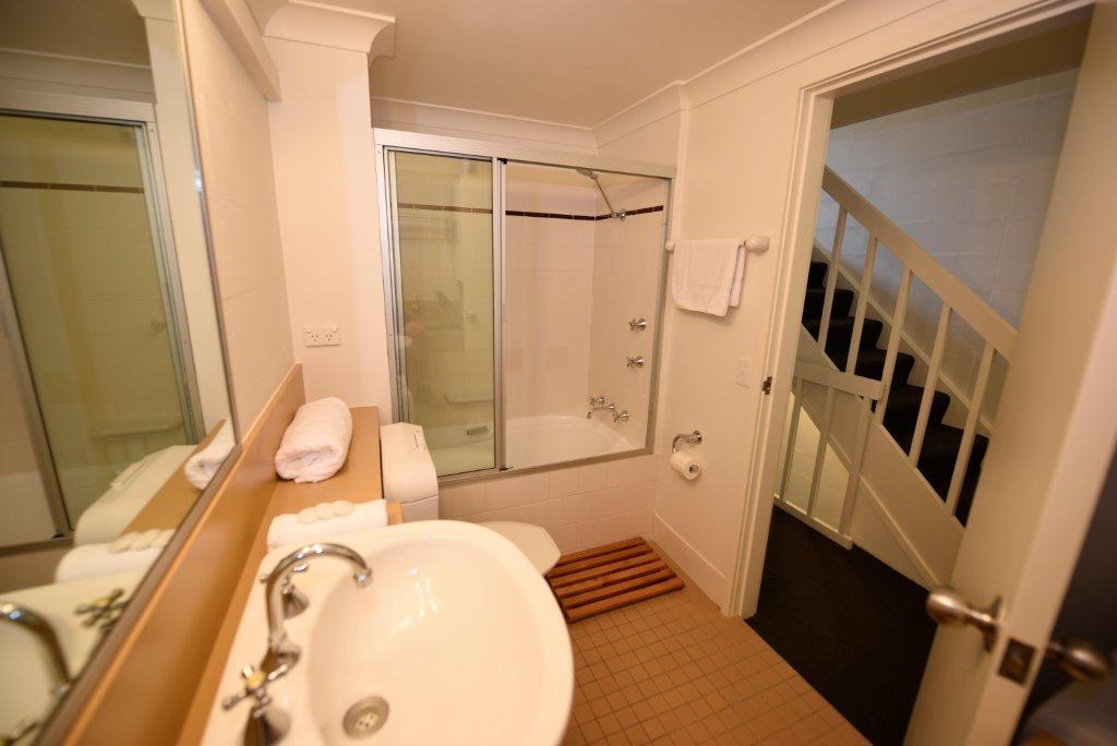 Kirkwood 2, Thredbo - Bathroom