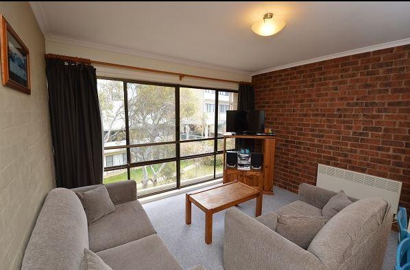 Kirwan 32, Jindabyne - Living Area