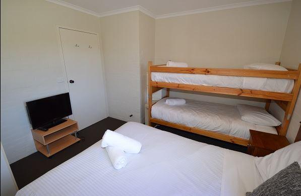 Kirwan 40, Jindabyne - Bedroom 2