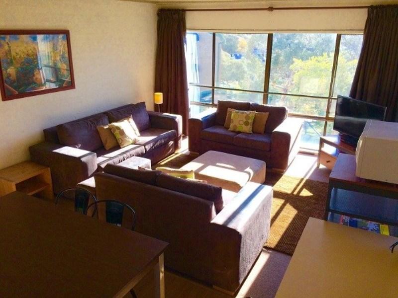 Kirwan 48, Jindabyne - Lounge