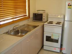 Glengarry, Jindabyne - Kitchen