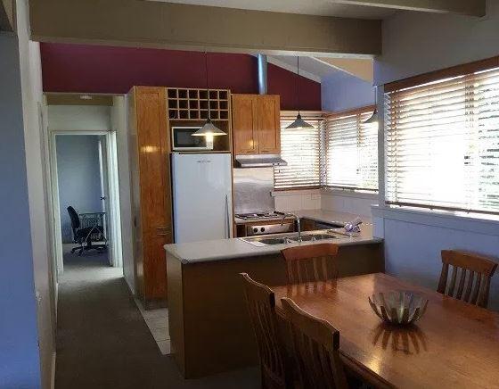 Kooringa 12, Jindabyne - Kitchen & Dining