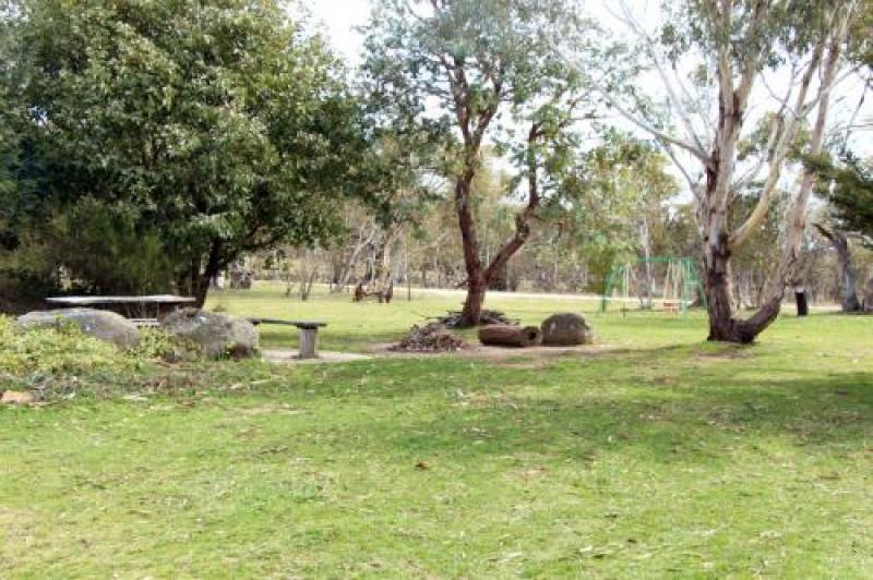Lake Eucumbene Unit 3, Old Adaminaby