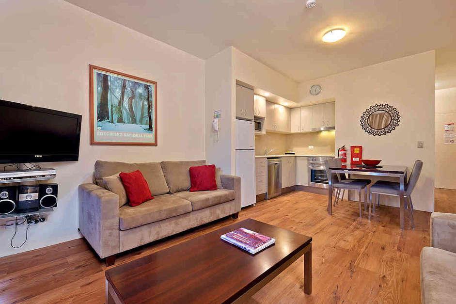 Lantern 14, 1 Bedroom Terrace Apartment