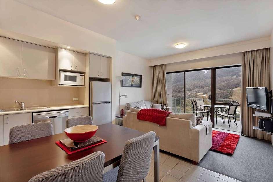 Lantern 22, 1 Bedroom Apartment with Balcony