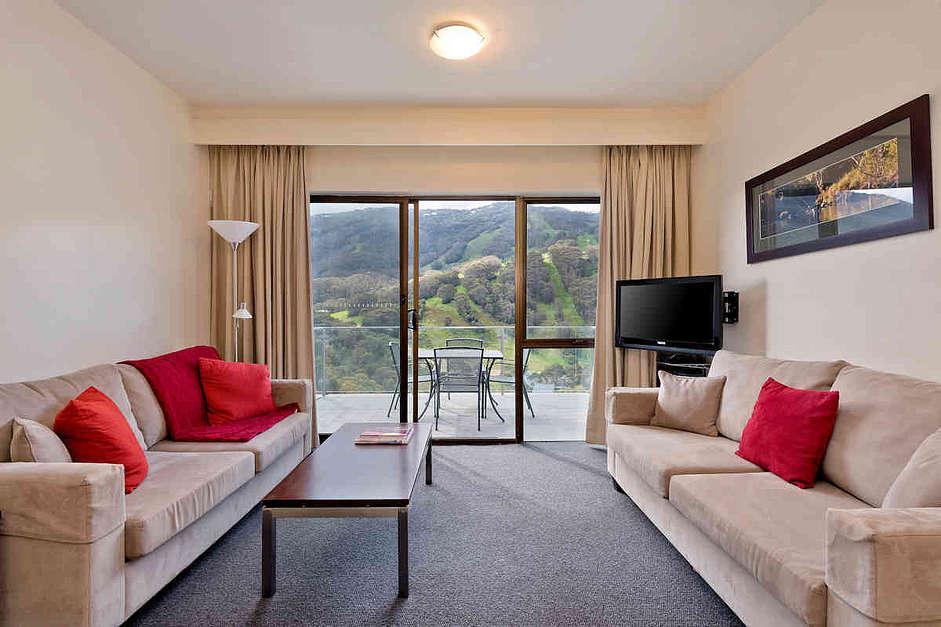 Lantern 23, 1 Bedroom Apartment with Balcony