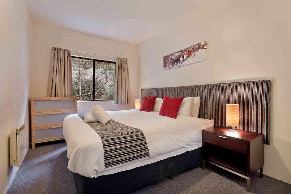 Lantern 25, 1 Bedroom with Balcony Apartment