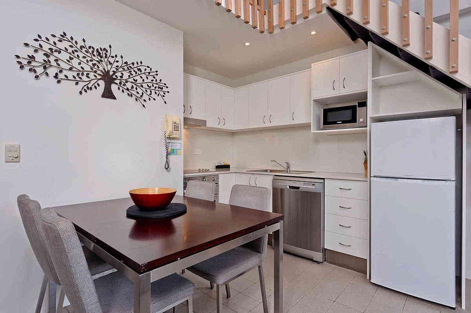 Lantern 27, 1 Bedroom and Loft Apartment