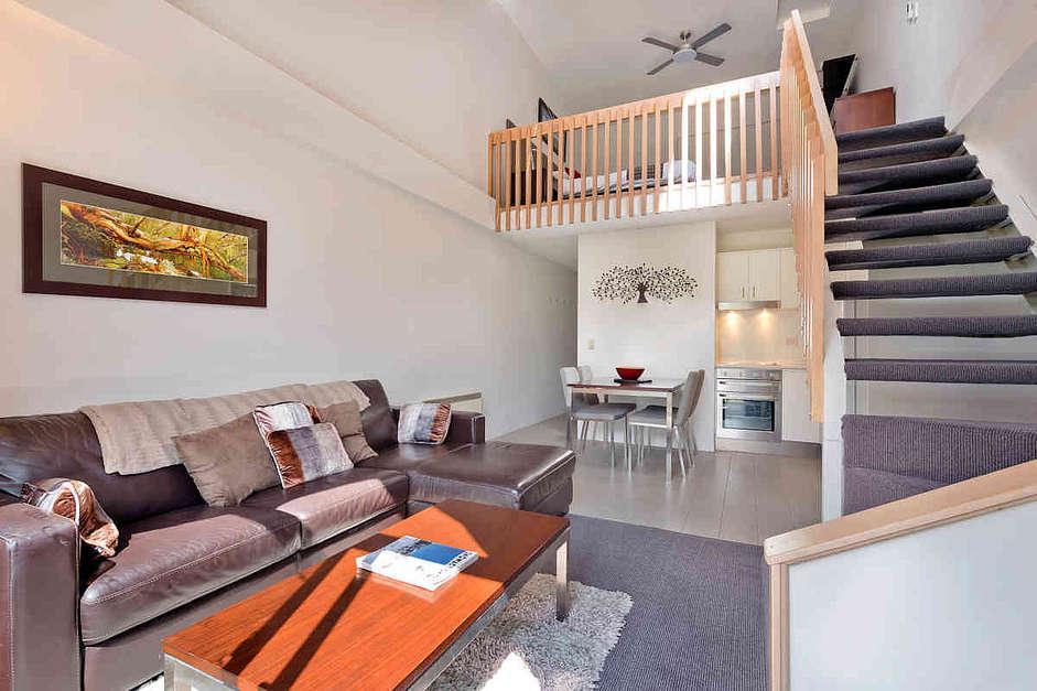 Lantern 29, 1 Bedroom and Loft Apartment