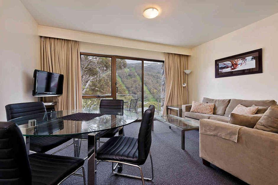 Lantern 6, 1 Bedroom Apartment with Balcony