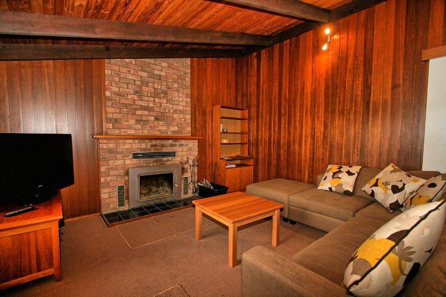 The Lakefront, Jindabyne - Lounge