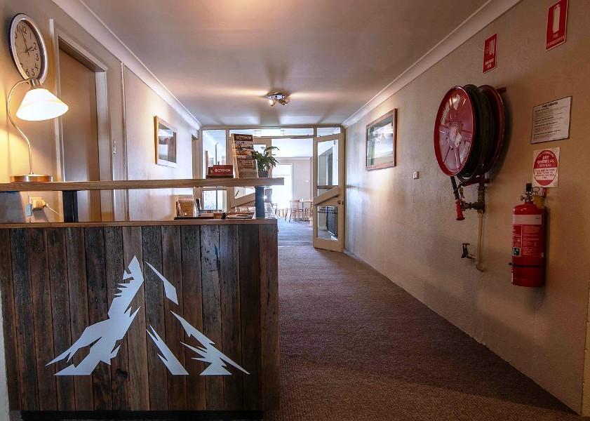 Matterhorn Lodge, Perisher - Reception Desk