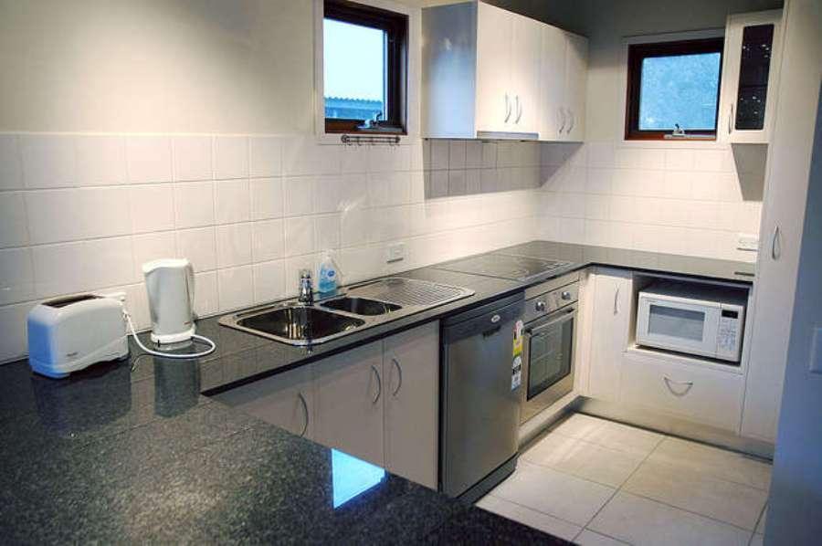 Merrits View, Thredbo - Kitchen