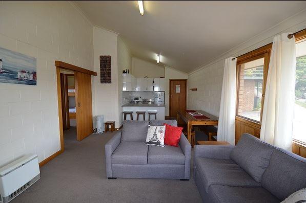 Moonbah 2, Jindabyne - Living Area