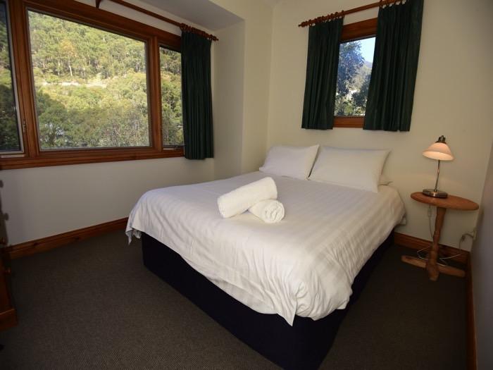 Mountain Vista 2, Thredbo - Bedroom 1