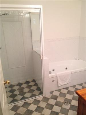 Mountain Vista 2, Thredbo - Bathroom