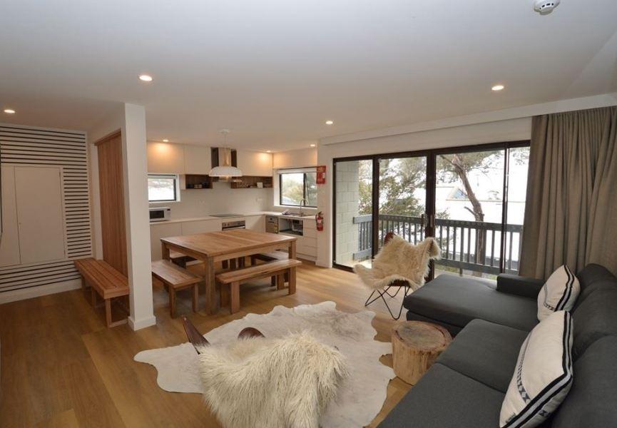 Mowamba A1, Thredbo - Living Area