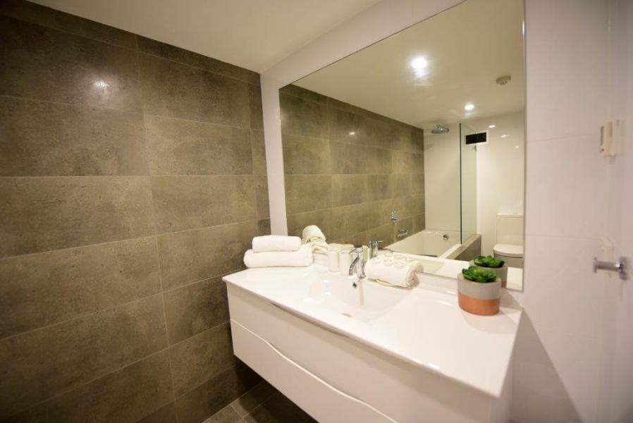 Mowamba E2, Thredbo - Bathroom