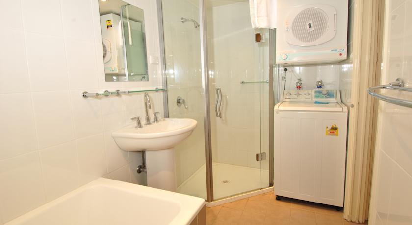 Mowamba D2, Thredbo - Bathroom