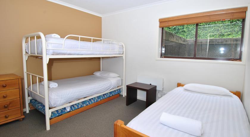 Mowamba D2, Thredbo - Bedroom 2