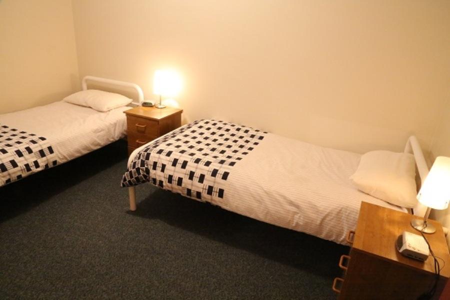Nettin View 4, Jindabyne - Bedroom