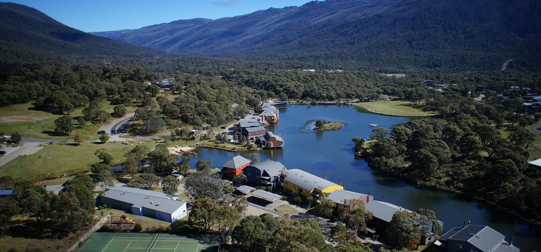 Lake Crackenback Resort - aerial shot