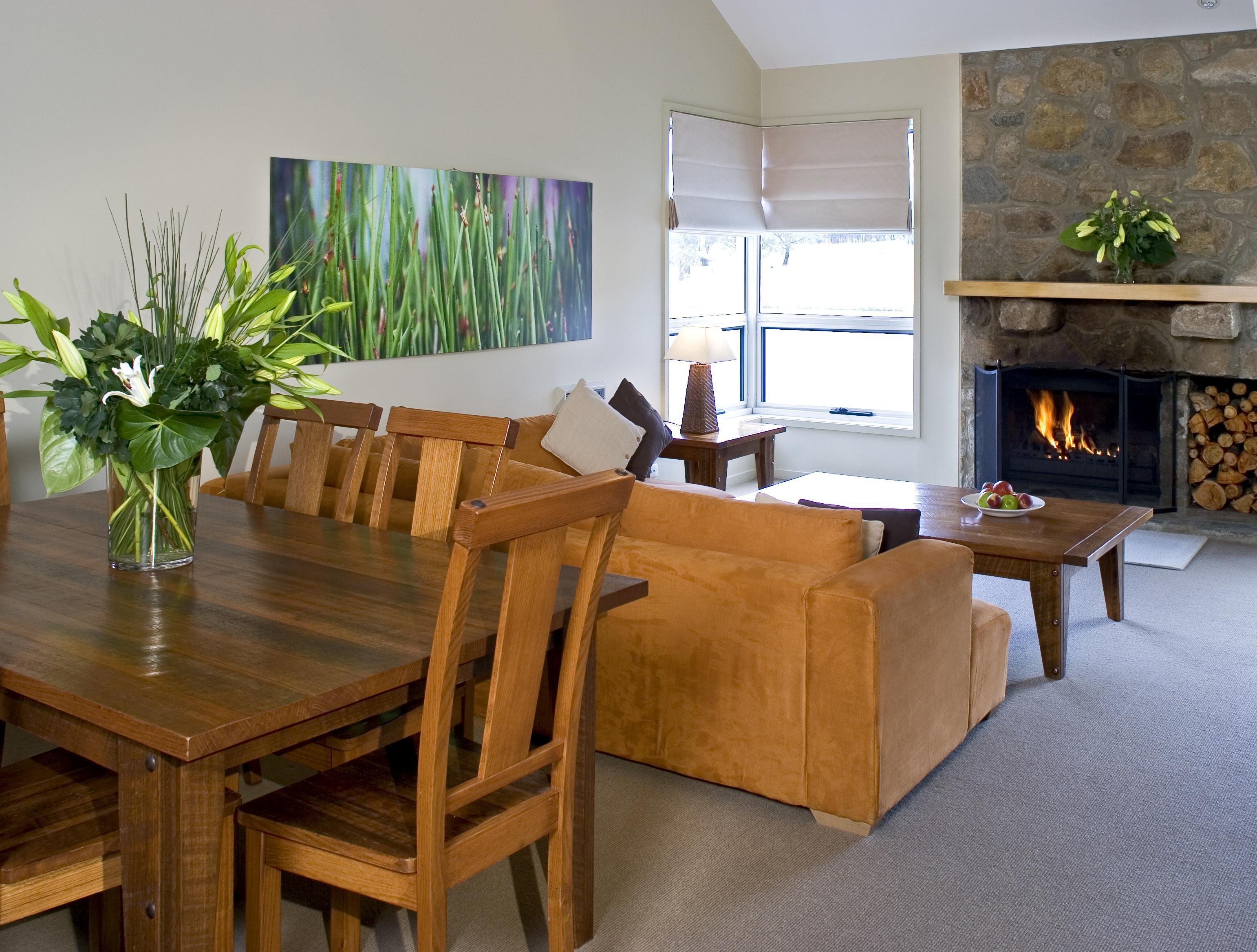 Lake Crackenback Resort - over water apartments