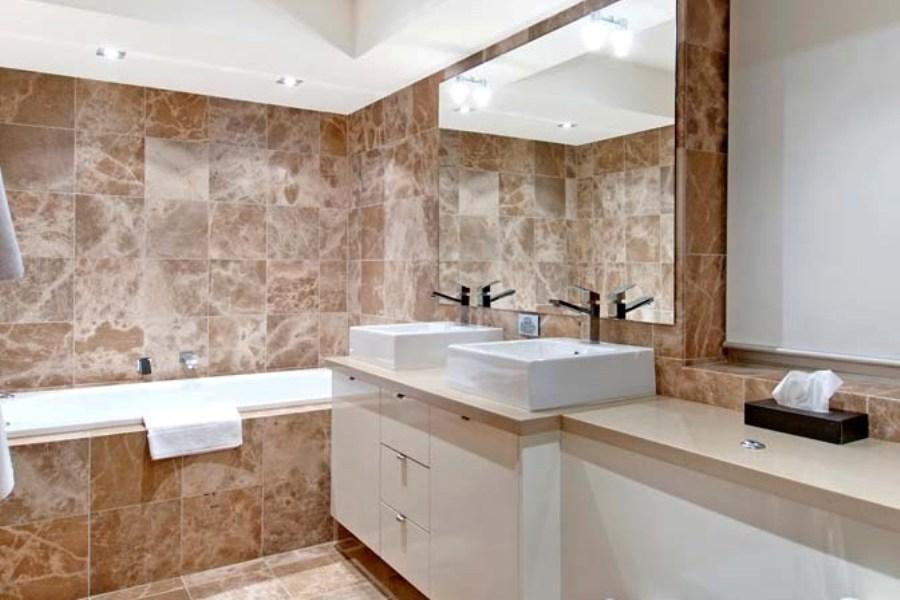 Peak 2, Thredbo - Bathroom