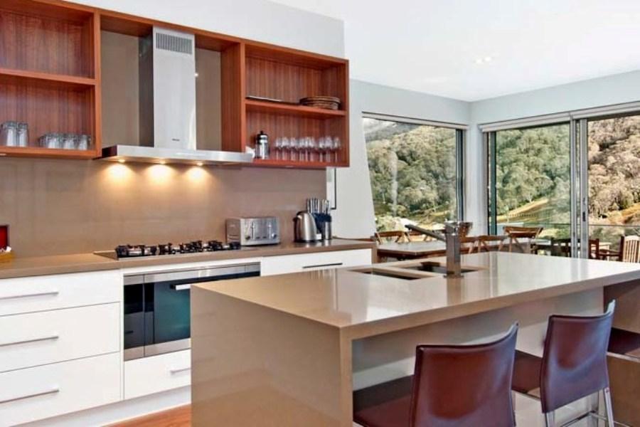 Peak Apartment 2, Thredbo - Kitchen