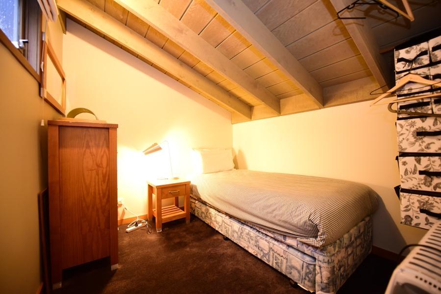 Riverside 40 - Loft Bedroom