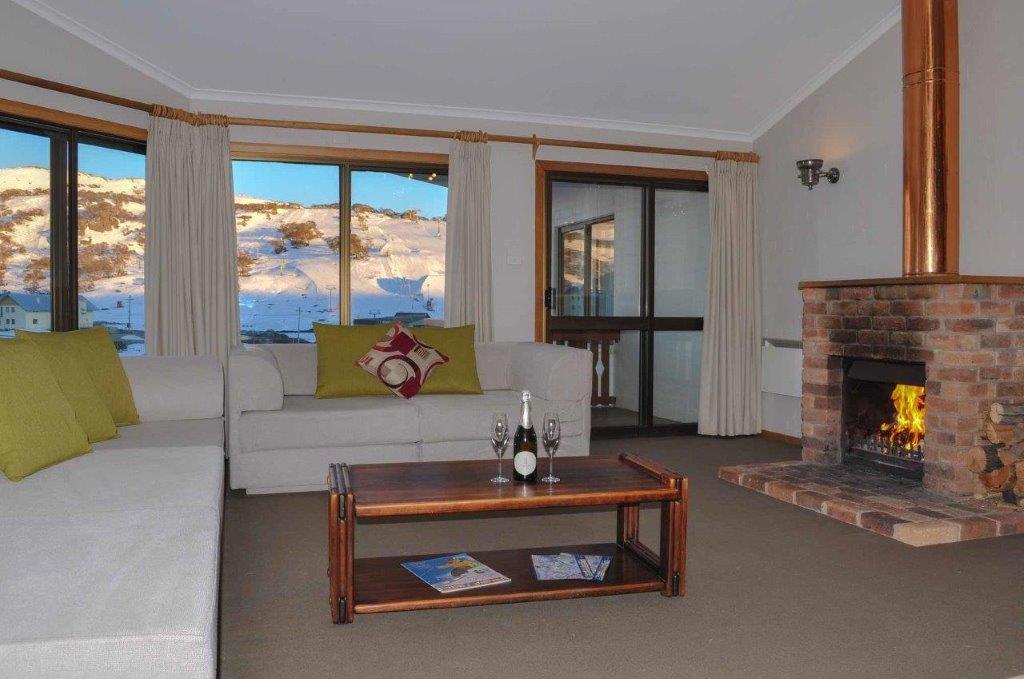 Salzburg, 3 Bedroom 6 Share Apartment