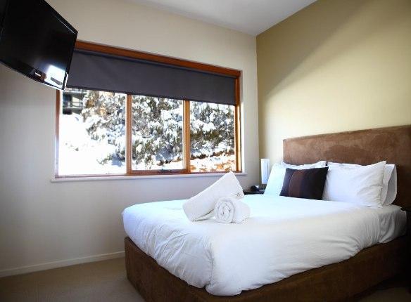 Sambuca 7, Hotham - Bedroom 1