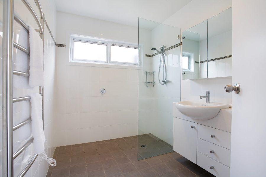 Silvermist, Jindabyne - Bathroom