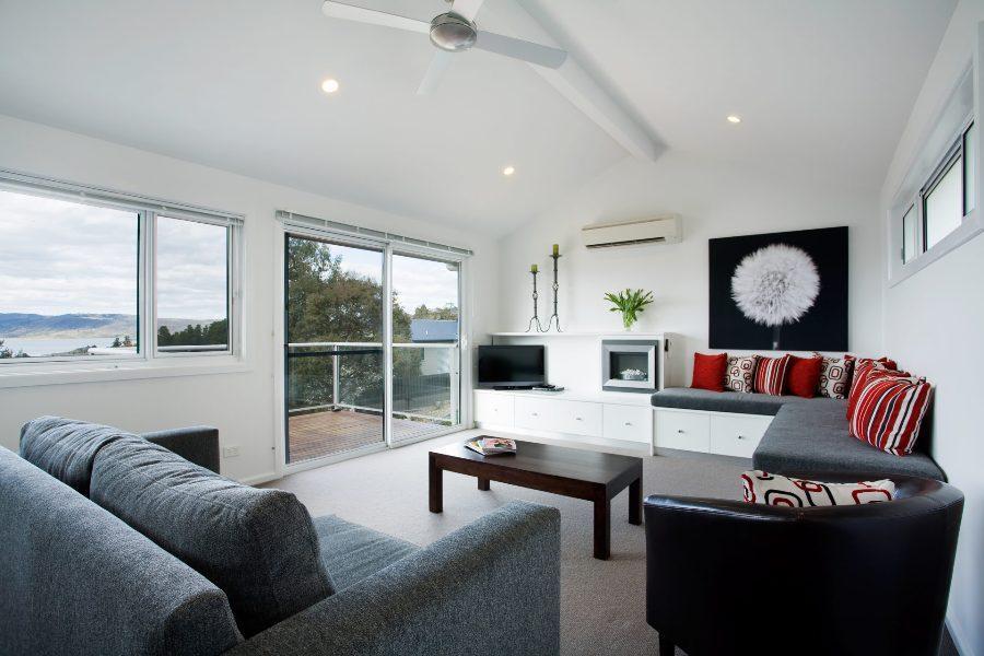 Silvermist, Jindabyne - Lounge Room