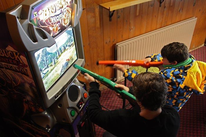 Ski Rider Hotel - Games Room