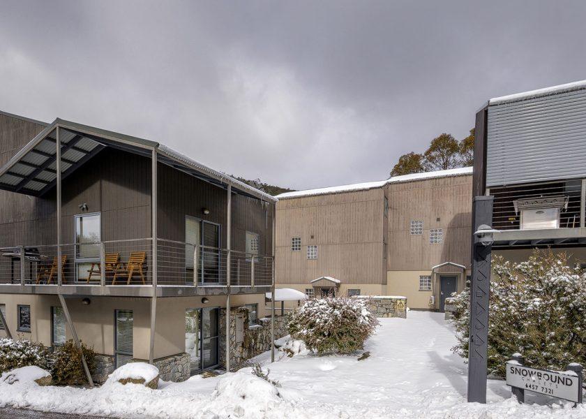Snowbound 4