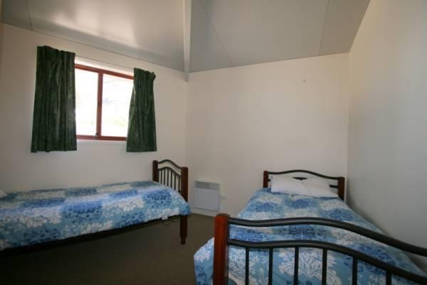 Snowdome, Jindabyne - Bedroom 3
