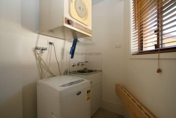 Snowdome, Jindabyne - Laundry
