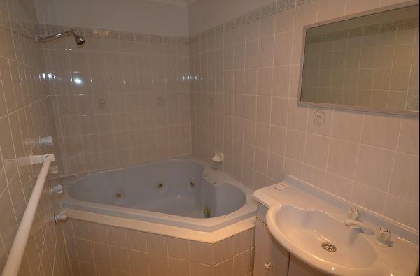 Snowridge 10, Jindabyne - Bathroom
