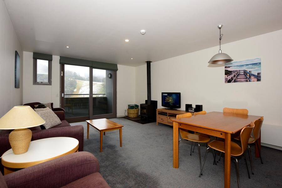 Squatters Run 29, Thredbo - Living Room
